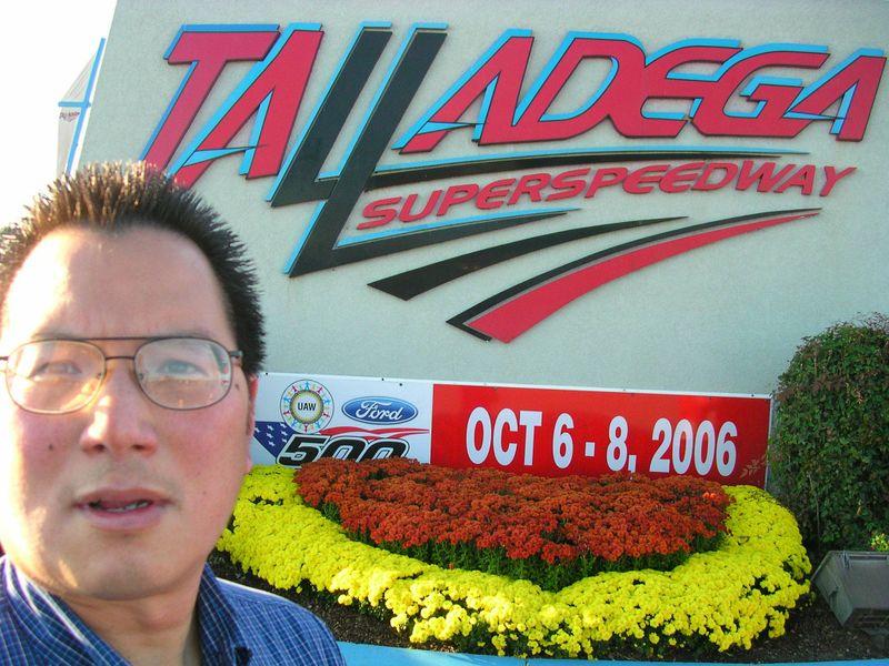 TalladegaSign10-8-06