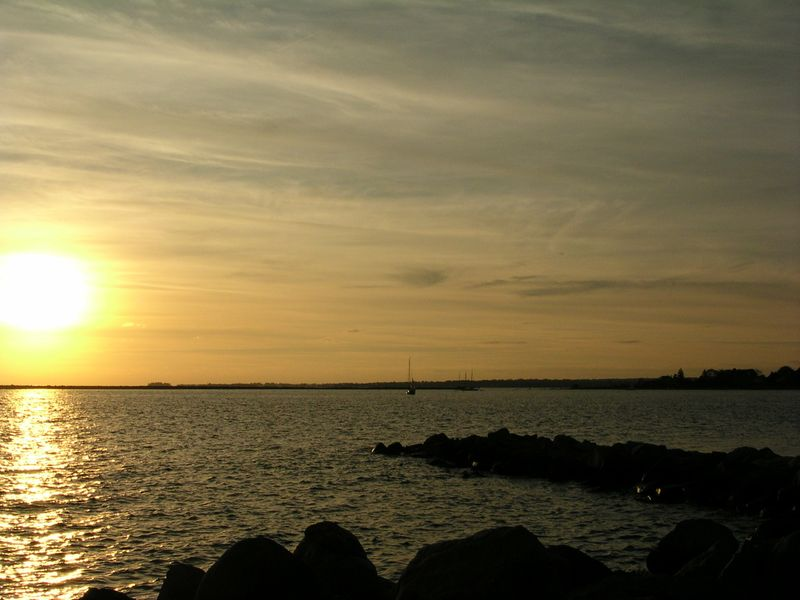 Connecticut Sunset compared Hawaii 10-30-09 519pm