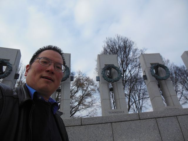 Nicholas with Tennesee state at World War II Memorial